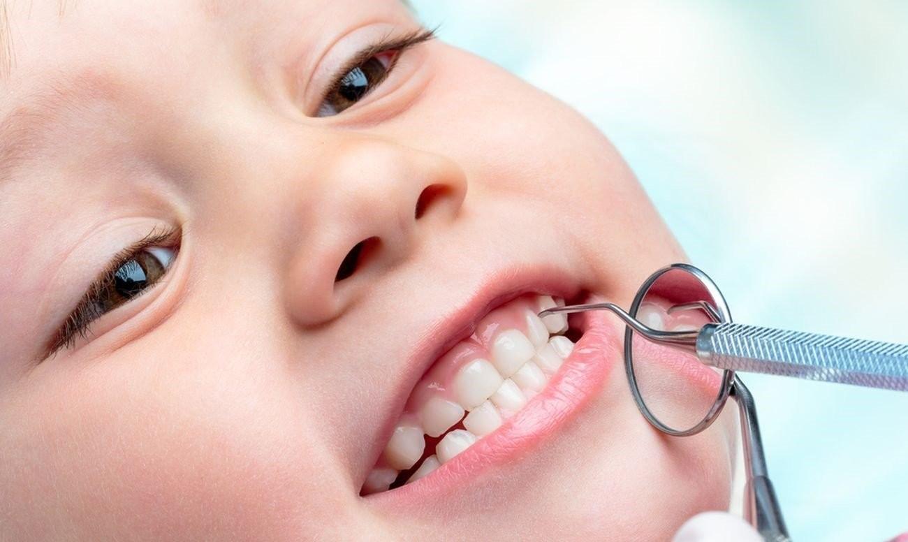 молочные зубы картинка