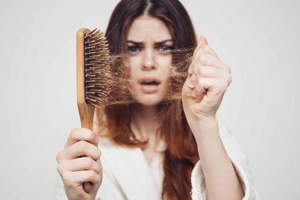 <strong><a href='https://zdravbud.net/new/chego-ne-khvataet-tvoemu-organizmu'>нехватка</a></strong> белка ломкость волос и ногтей