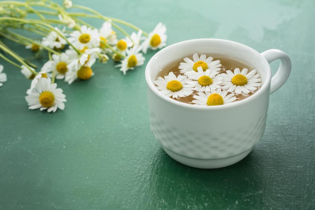 чай с ромашкой и лавандой