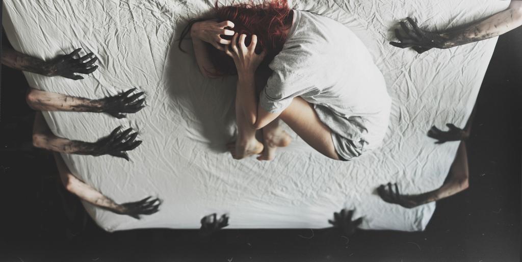 биполярное расстройство изоляция